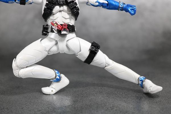 S.H.フィギュアーツ 仮面ライダーエターナル 真骨彫製法 レビュー 可動