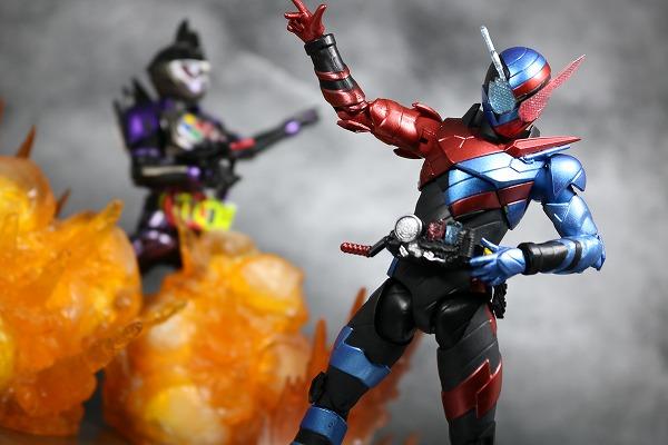 S.H.フィギュアーツ 仮面ライダービルド ラビットタンク フォーム レビュー アクション