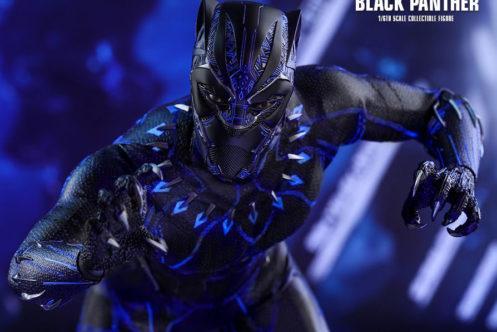 ホットトイズ新作!単独映画版ブラックパンサーが登場!スーツが光る?