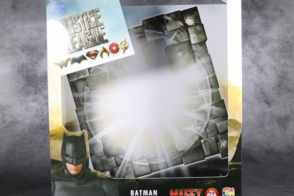 MAFEX バットマン ジャスティスリーグ レビュー  レビュー 箱 パッケージ
