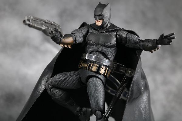 MAFEX バットマン ジャスティスリーグ レビュー アクション