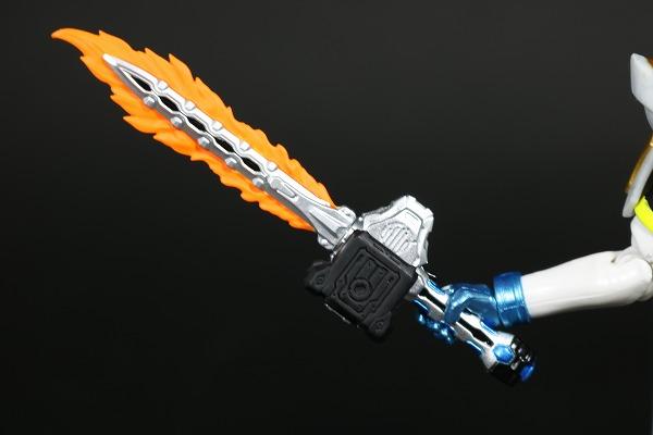 S.H.フィギュアーツ 仮面ライダーブレイブ レガシーゲーマー レベル100 レビュー 付属品