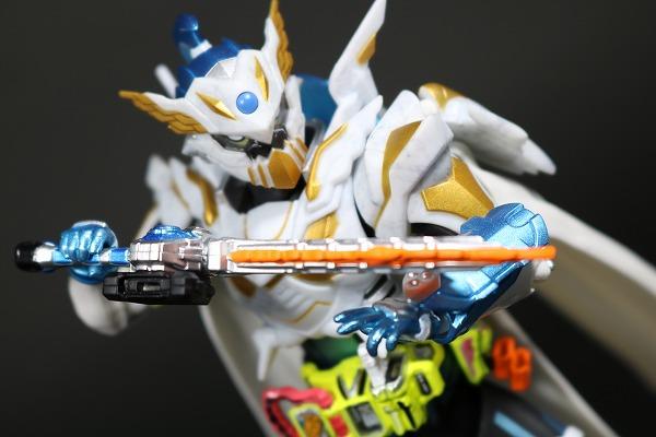S.H.フィギュアーツ 仮面ライダーブレイブ レガシーゲーマー レベル100 レビュー