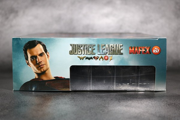 MAFEX スーパーマン ジャスティスリーグ レビュー  レビュー 箱 パッケージ