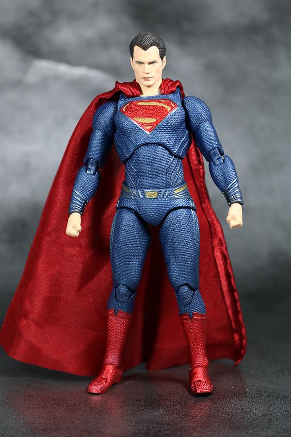 MAFEX スーパーマン ジャスティスリーグ レビュー  レビュー 全身