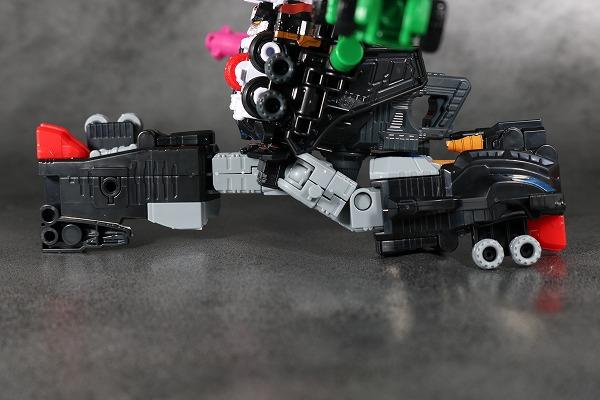 ミニプラ パトカイザー VSビークル合体シリーズ02 可動範囲 レビュー