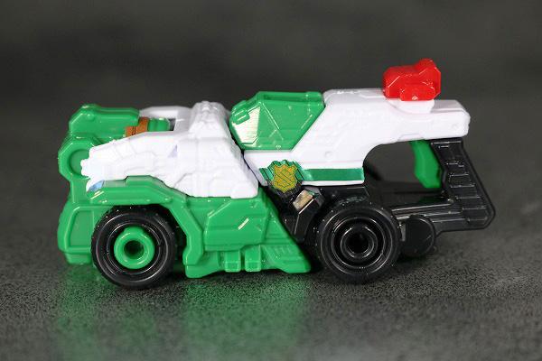 ミニプラ パトカイザー VSビークル合体シリーズ02 トリガーマシン2号 全身 レビュー