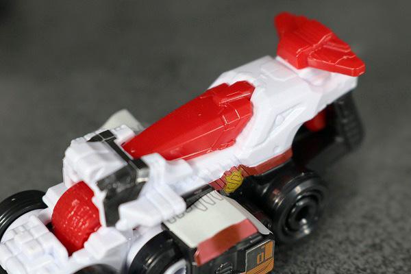 ミニプラ パトカイザー VSビークル合体シリーズ02 トリガーマシン1号 全身 レビュー