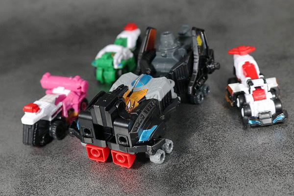 ミニプラ パトカイザー VSビークル合体シリーズ02 グッドストライカー トリガーマシン アクション レビュー