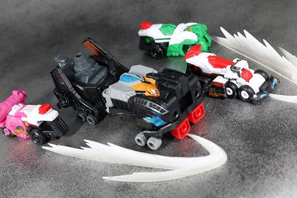 ミニプラ パトカイザー VSビークル合体シリーズ02 グッドストライカー トリガーマシン1号 トリガーマシン2号 トリガーマシン3号 アクション レビュー