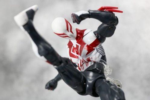 マーベルレジェンド スパイダーマン2099(オールニュー・オールディファレントマーベル) レビュー