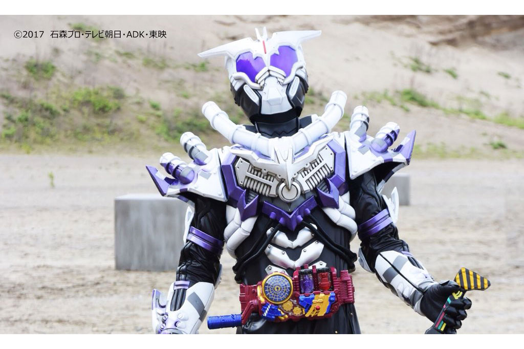 新ライダー!仮面ライダーマッドローグが登場!DXバットエンジンセットも5月発売!