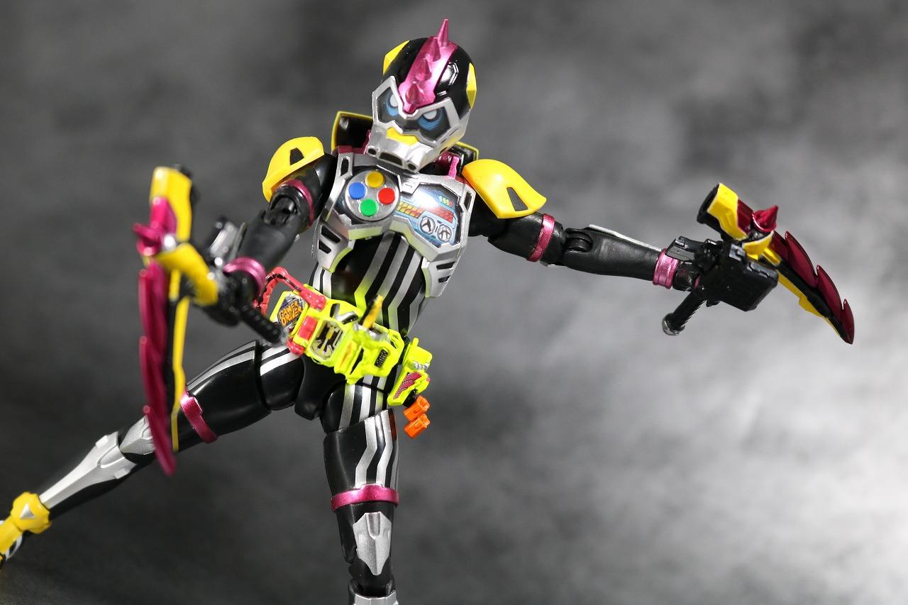 S.H.フィギュアーツ 仮面ライダーレーザーターボ バイクゲーマー レベル0 レビュー