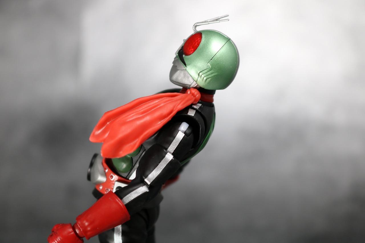 S.H.フィギュアーツ 仮面ライダー新2号 真骨彫製法 レビュー 可動範囲