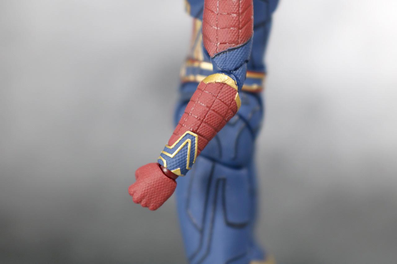 S.H.フィギュアーツ アイアン スパイダーマン アベンジャーズ インフィニティウォー レビュー 全身