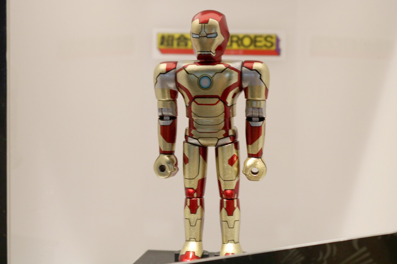 超合金HEROES アイアンマン マーク42