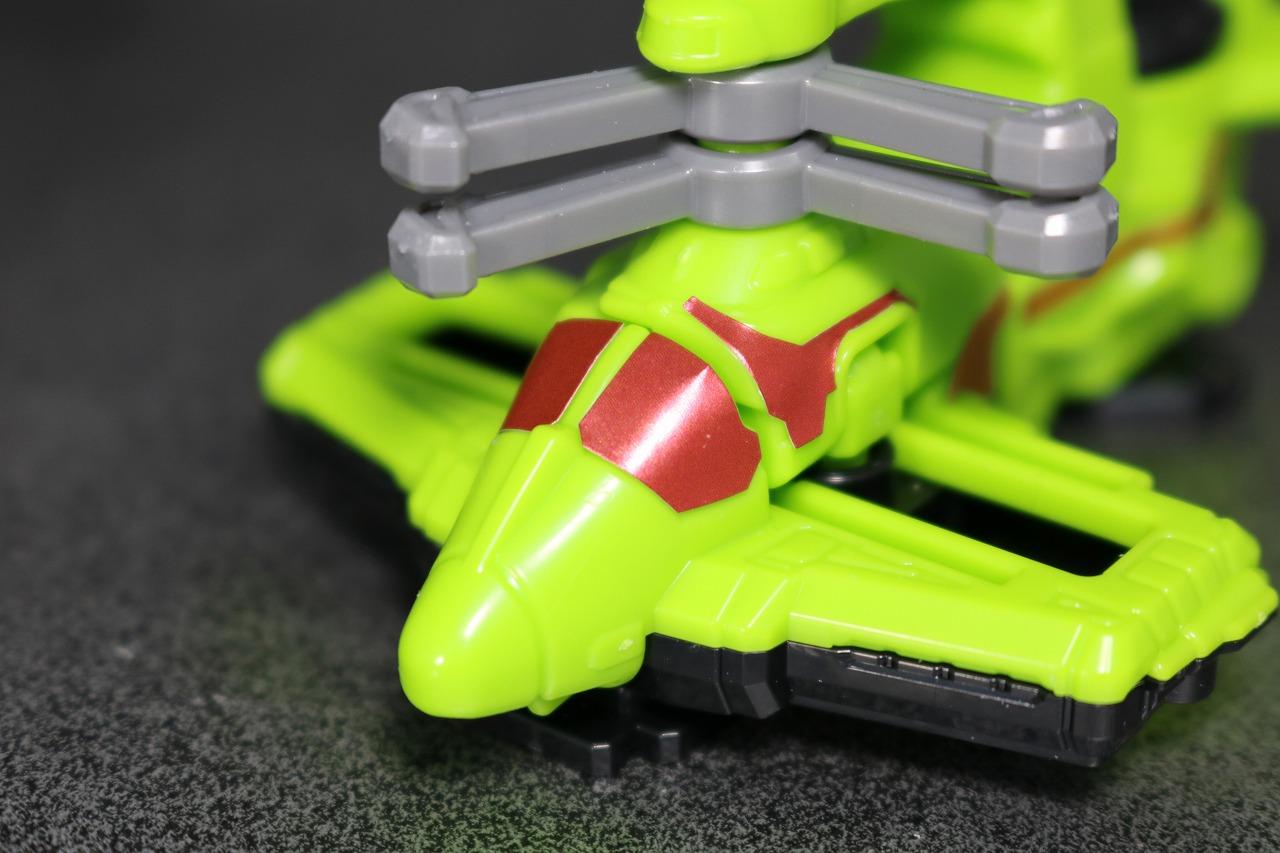 ミニプラ VSビークル合体03 武装合体 サイクロンダイヤルファイター