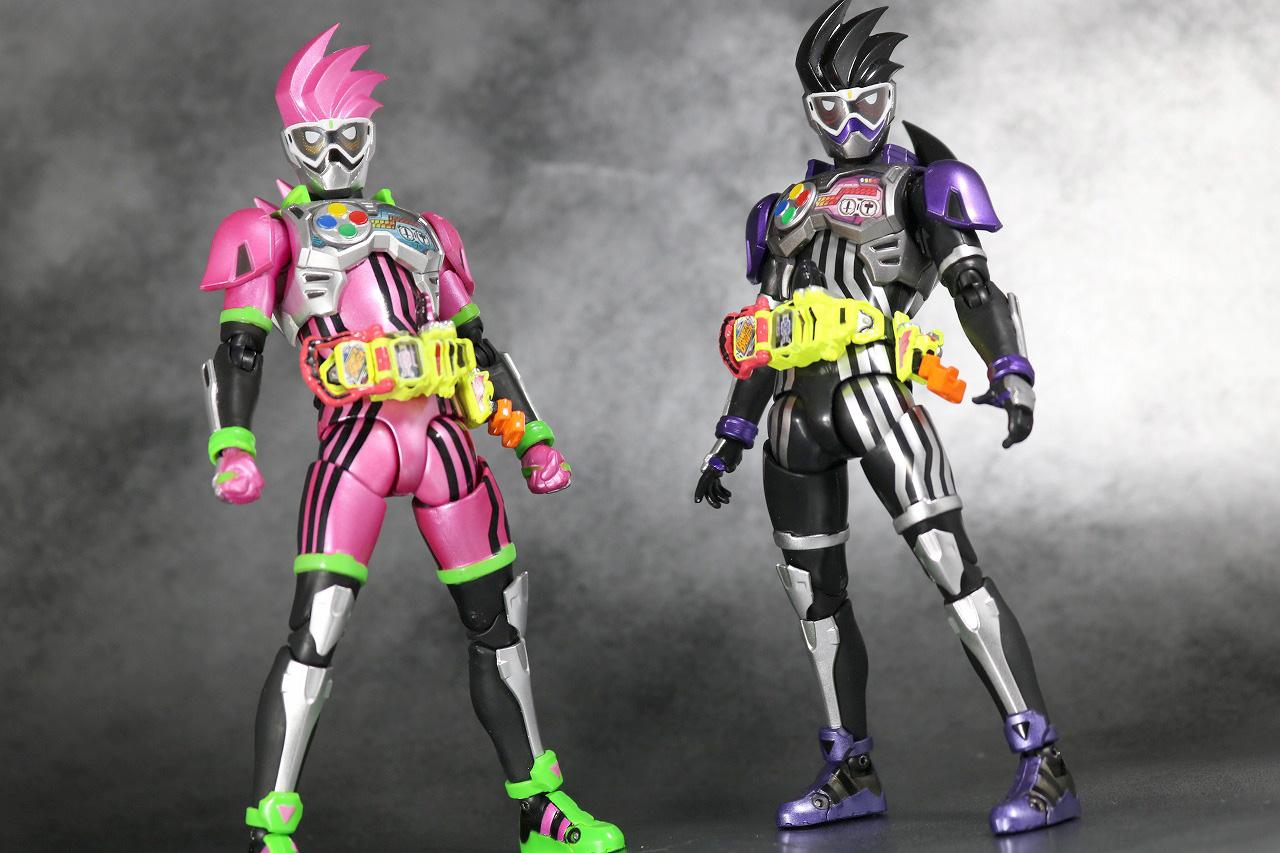S.H.フィギュアーツ 仮面ライダーゲンム アクションゲーマー レベル0 レビュー