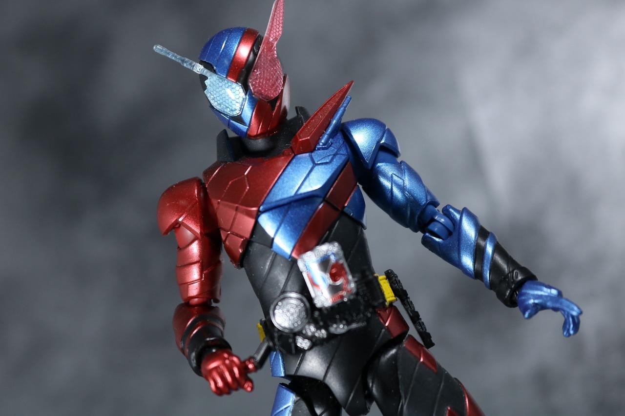 S.H.フィギュアーツ 仮面ライダービルド ラビットタンク スパークリング レビュー アクション