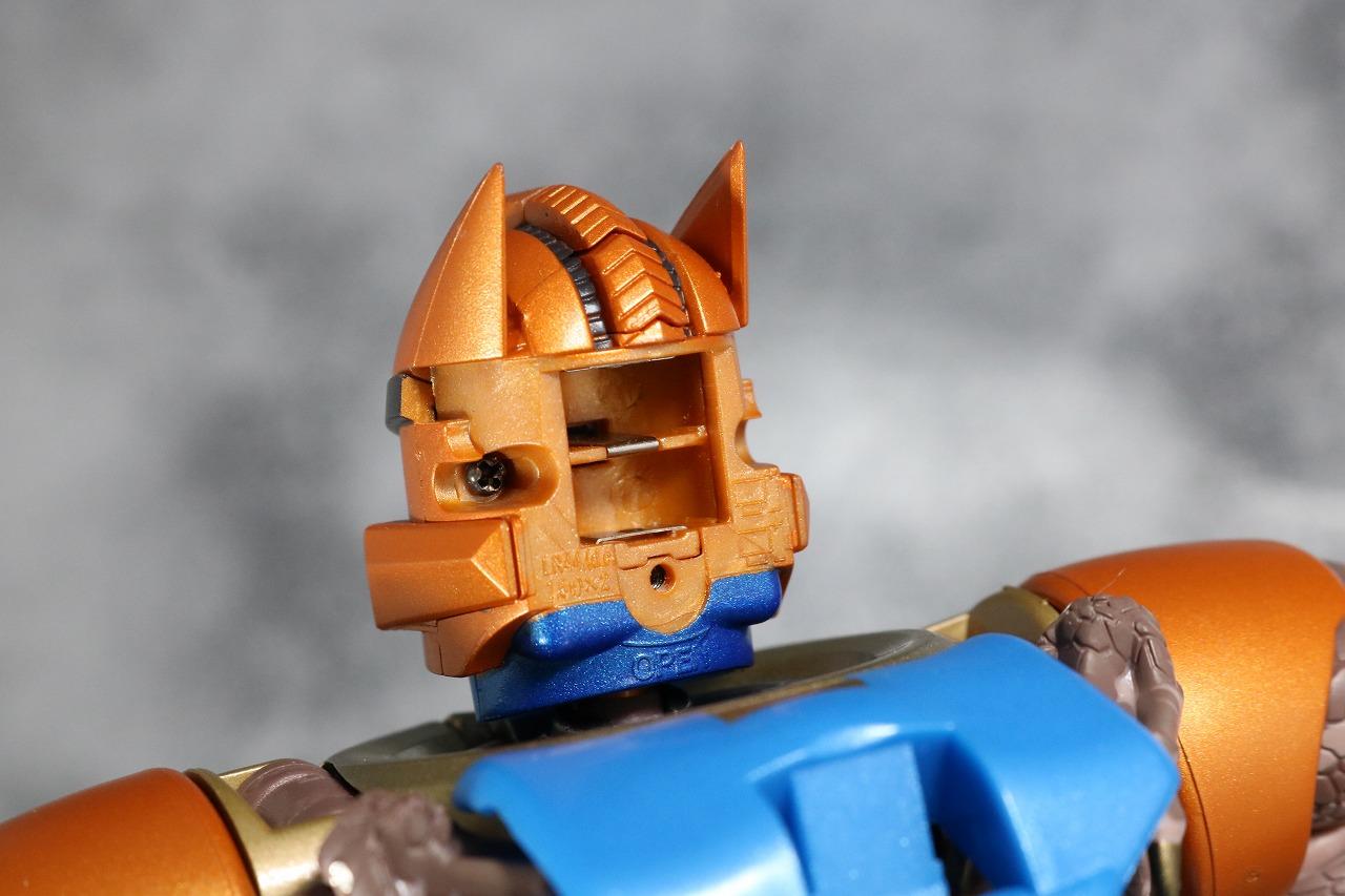 マスターピース MP41 ダイノボット レビュー ロボットモード ビーストウォーズ ライトアップ
