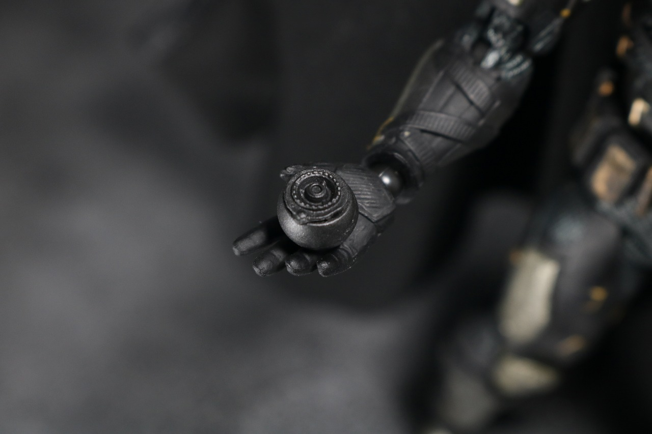 MAFEX マフェックス バットマン タクティカルスーツ レビュー 付属品