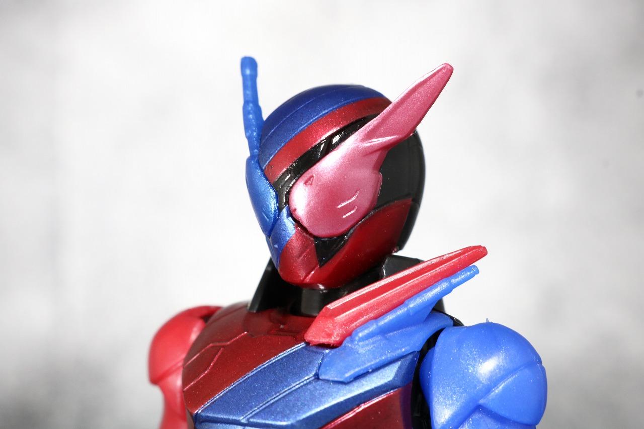 RKF RIDER KICK'S FIGURE 仮面ライダービルド ラビットタンクフォーム レビュー 全身
