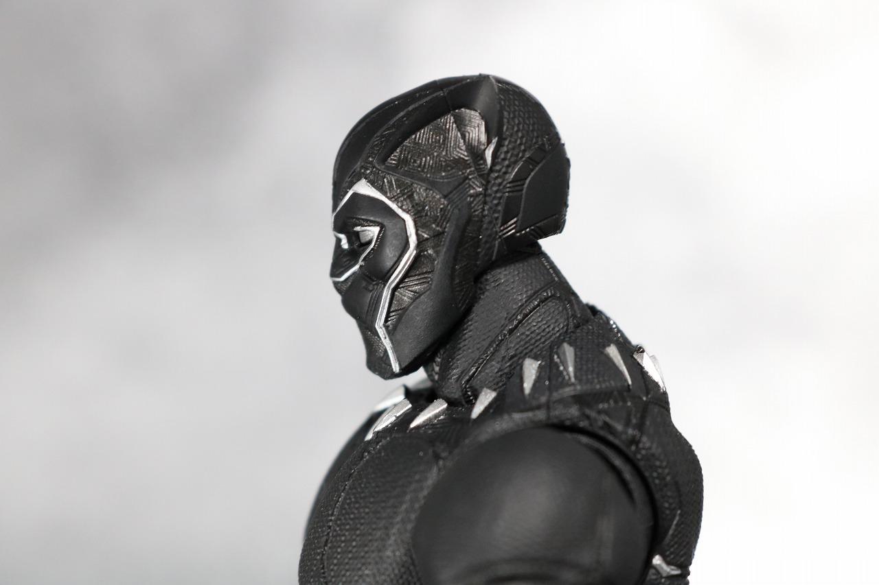 S.H.フィギュアーツ ブラックパンサー アベンジャーズ/インフィニティウォー レビュー 全身
