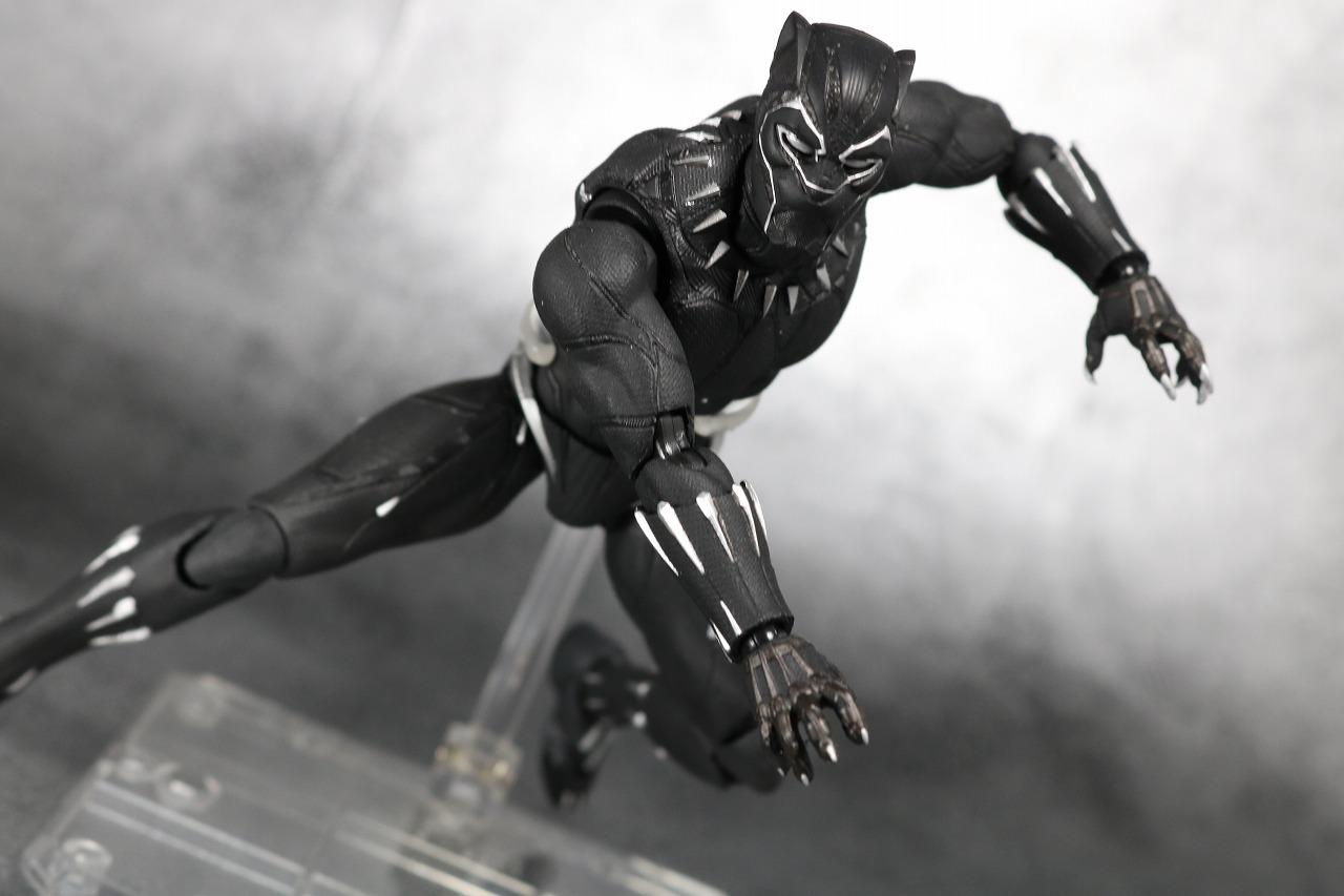 ブラックパンサー フィギュアーツ