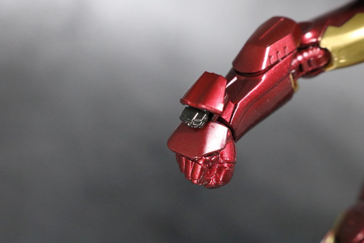 S.H.フィギュアーツ アイアンマン マーク7 レビュー アベンジャーズ 付属品