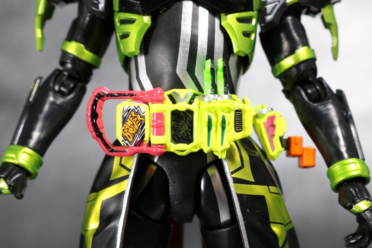 S.H.フィギュアーツ 仮面ライダークロノス クロニクルゲーマー レビュー 付属品