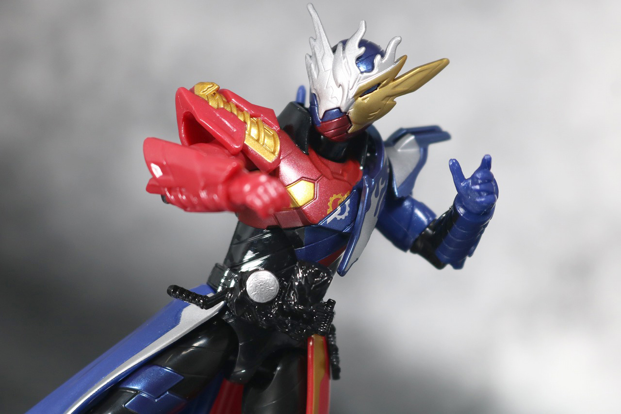 RKF RIDER KICK'S FIGURE 仮面ライダービルド クローズビルドフォーム レビュー アクション