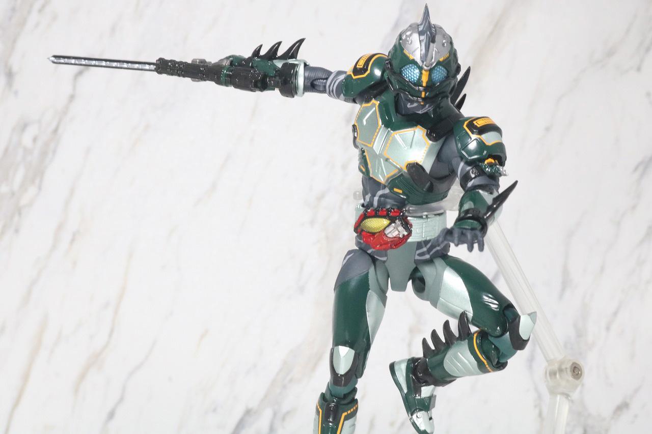S.H.フィギュアーツ 仮面ライダーアマゾンネオアルファ レビュー アクション