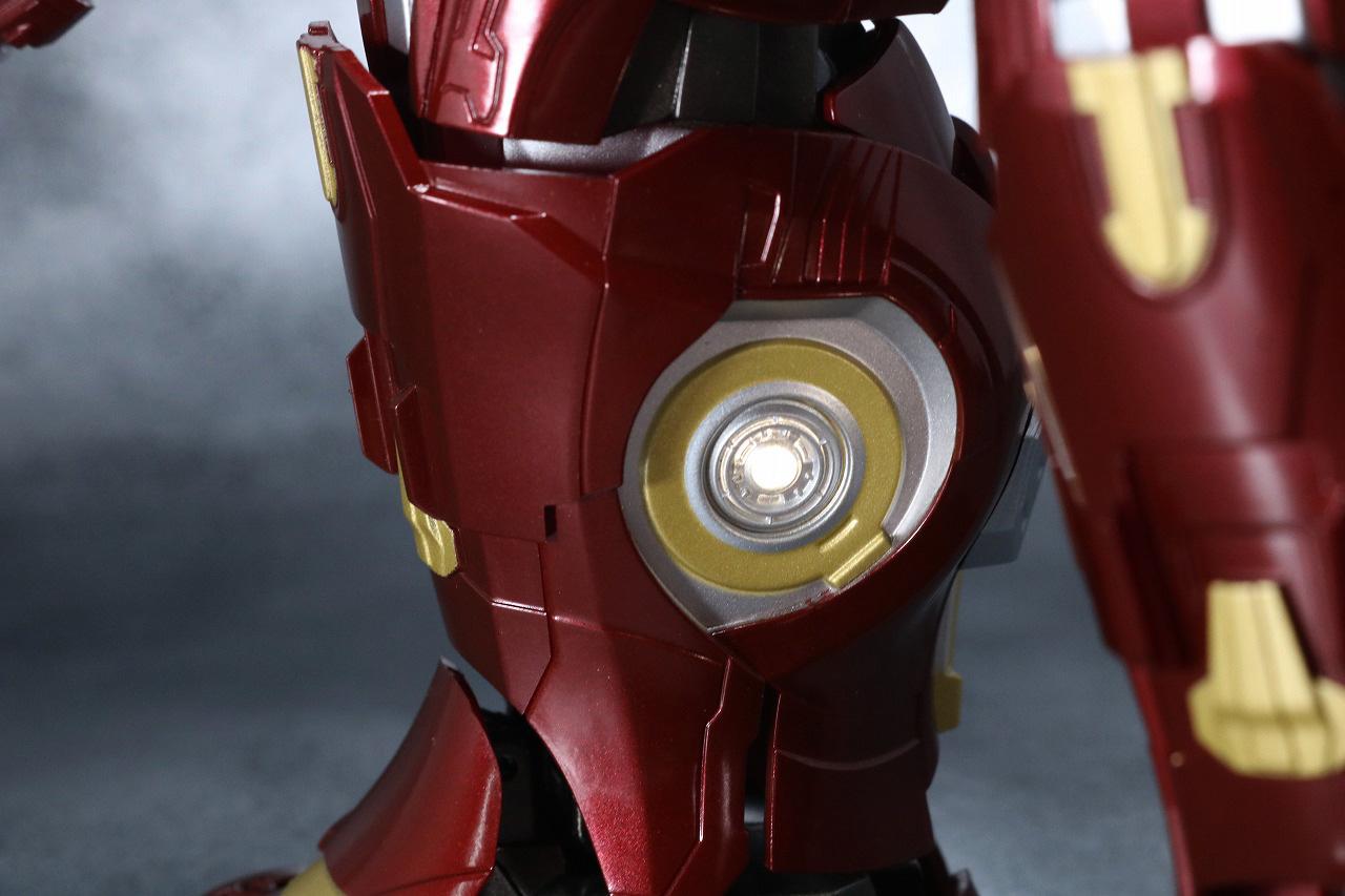 超合金 x S.H.フィギュアーツ ハルクバスター マーク2 レビュー 発光ギミック LED