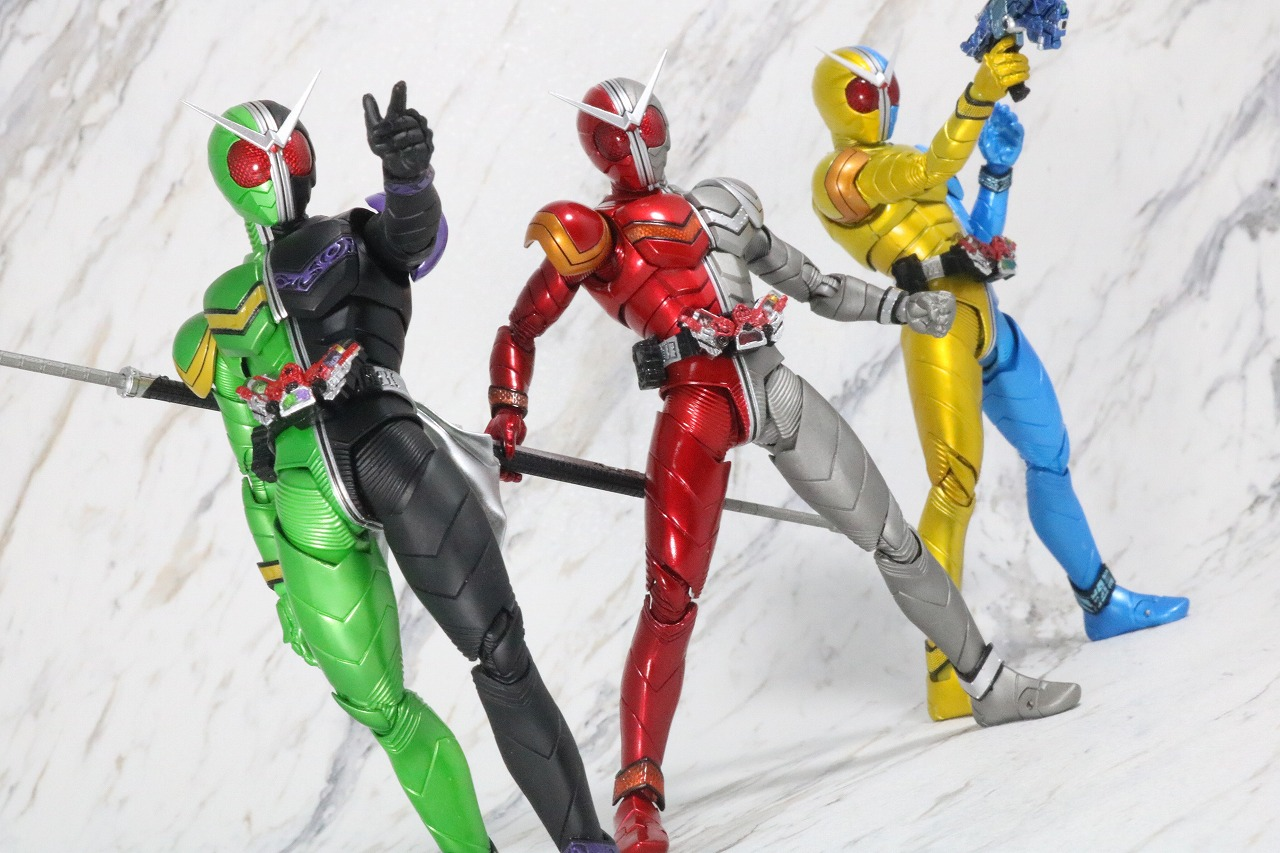 S.H.フィギュアーツ 仮面ライダーW ヒートメタル 真骨彫製法 レビュー アクション