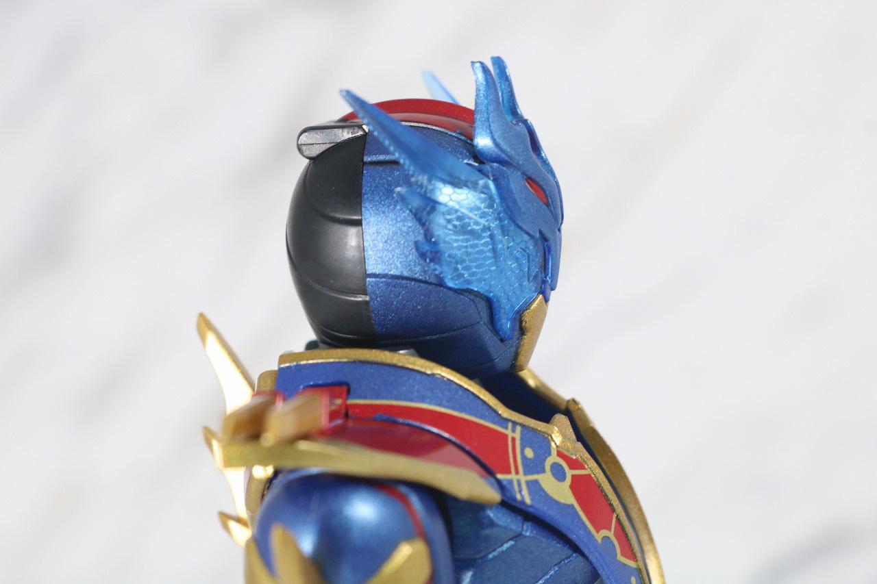 S.H.フィギュアーツ 仮面ライダーグレートクローズ レビュー 全身