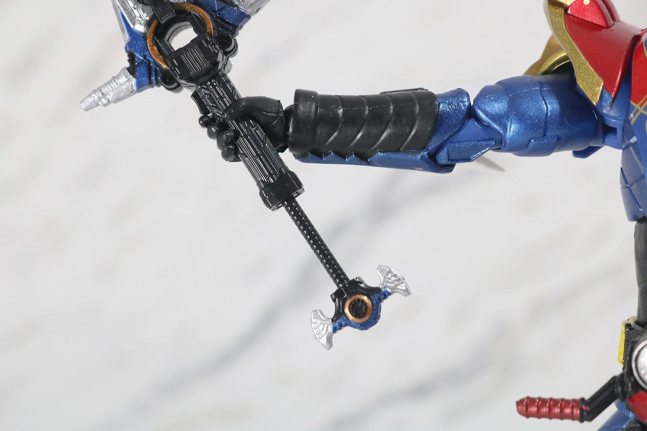 S.H.フィギュアーツ 仮面ライダーグレートクローズ レビュー 付属品 ビートクローザー