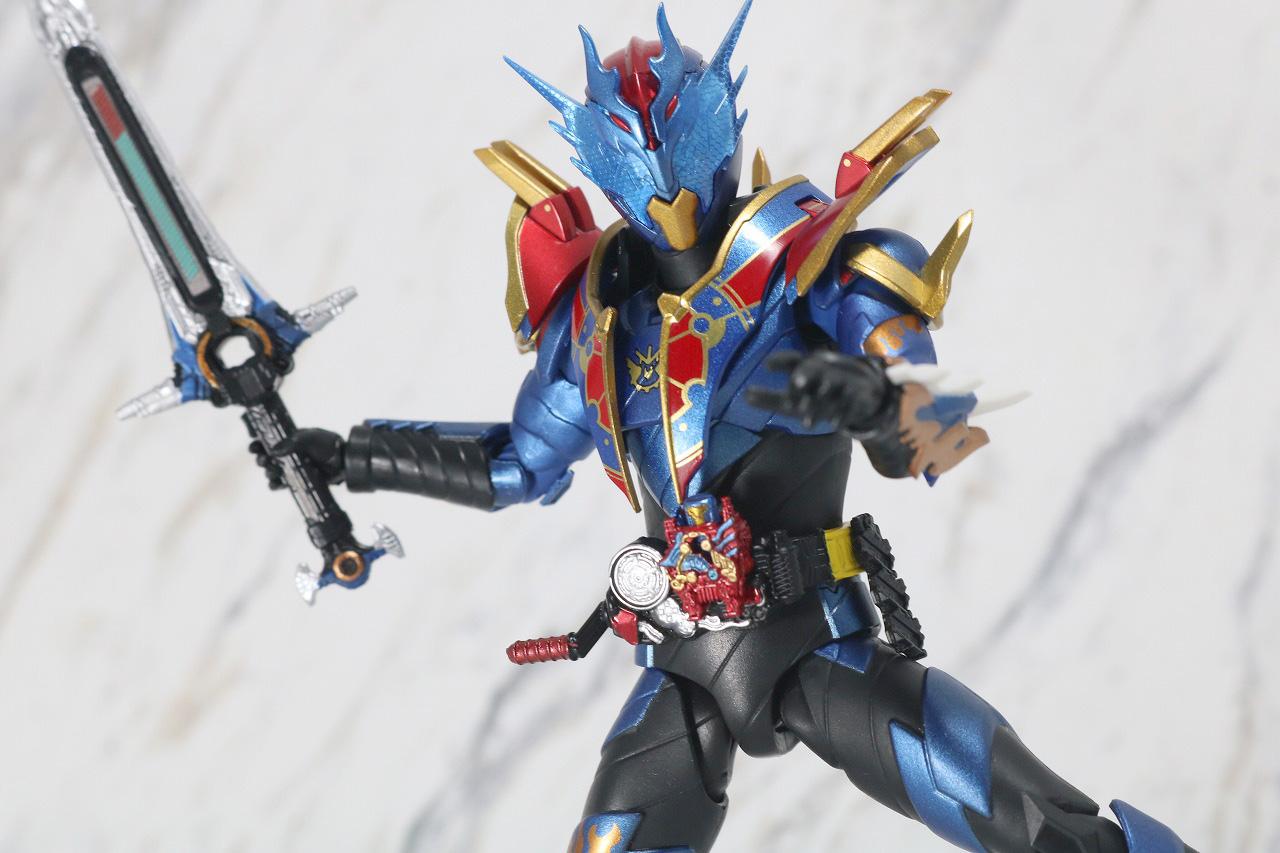 S.H.フィギュアーツ 仮面ライダーグレートクローズ レビュー アクション