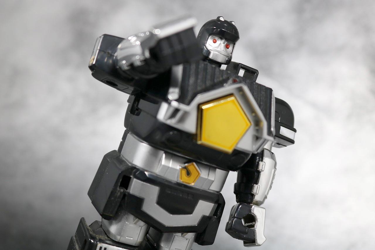 DX 無敵将軍 レビュー ブラックガンマー アクション