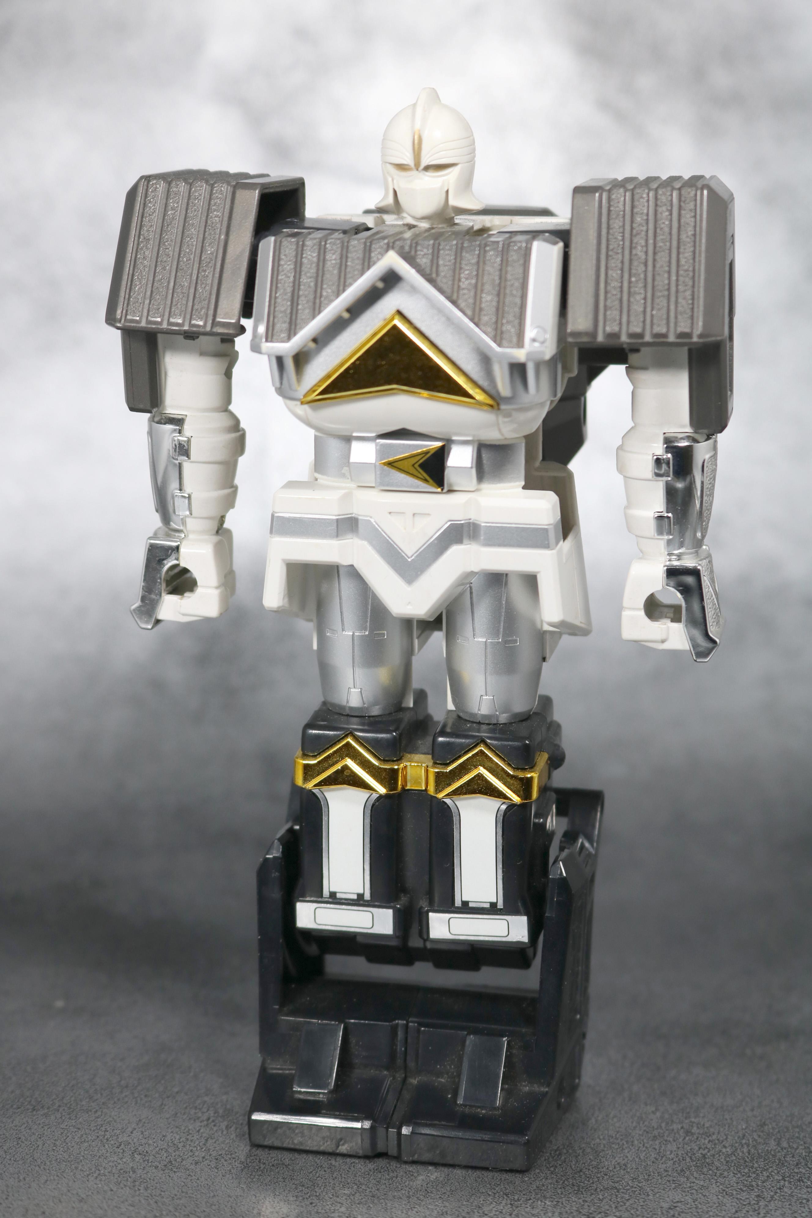 DX 無敵将軍 レビュー ホワイトカーク 全身