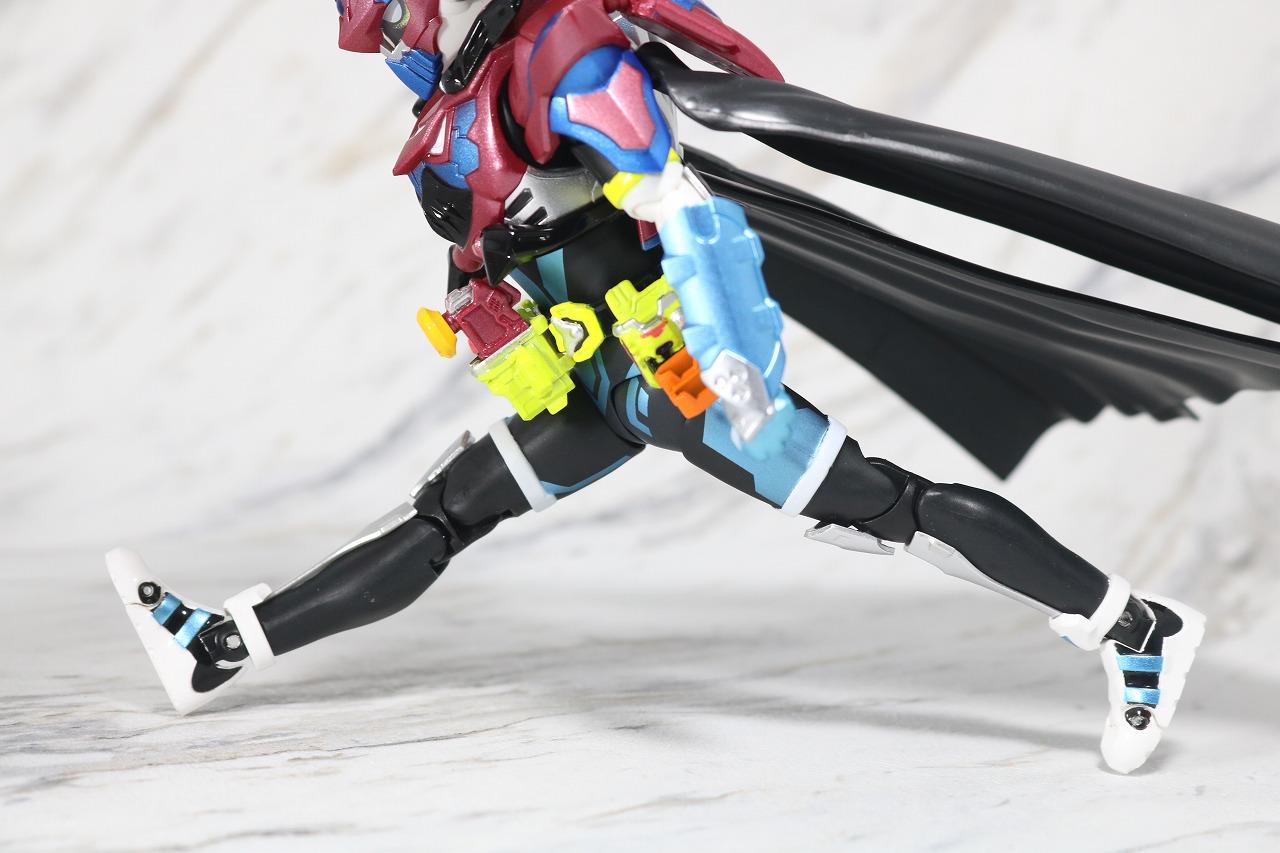 S.H.フィギュアーツ 仮面ライダーブレイブ ファンタジーゲーマー レベル50 レビュー 可動範囲