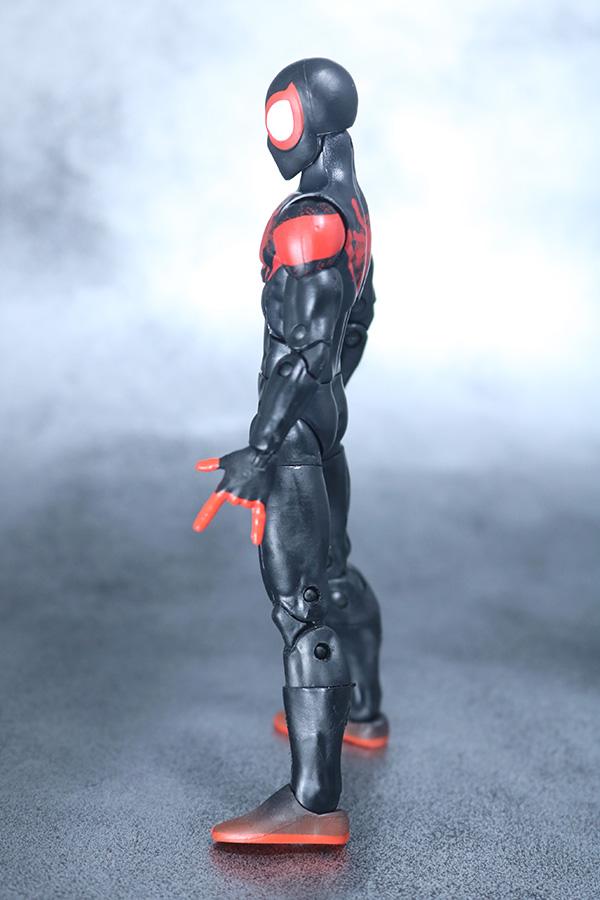 マーベルレジェンド スパイダーマン マイルズ・モラレス スパイダーバース レビュー 全身