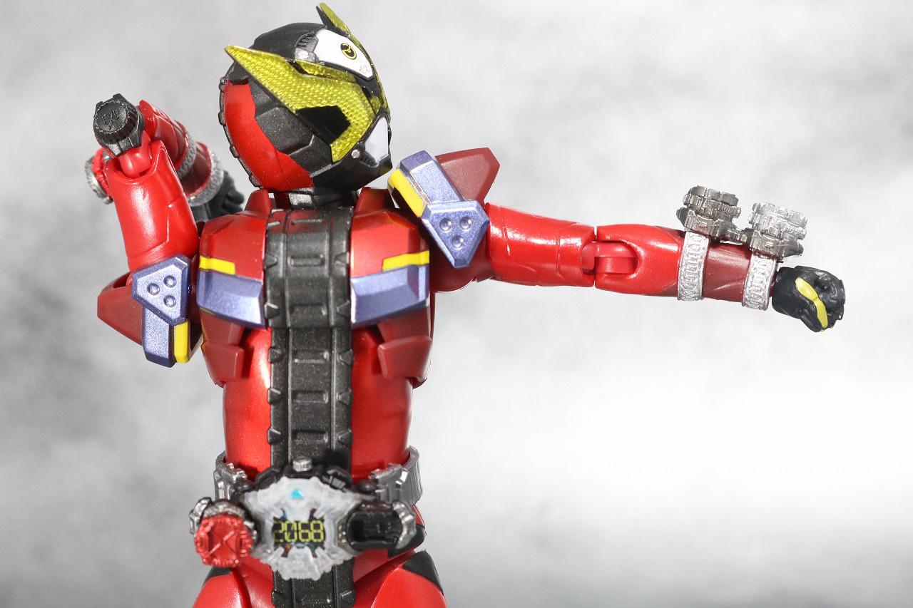 S.H.フィギュアーツ 仮面ライダーゲイツ レビュー 可動範囲