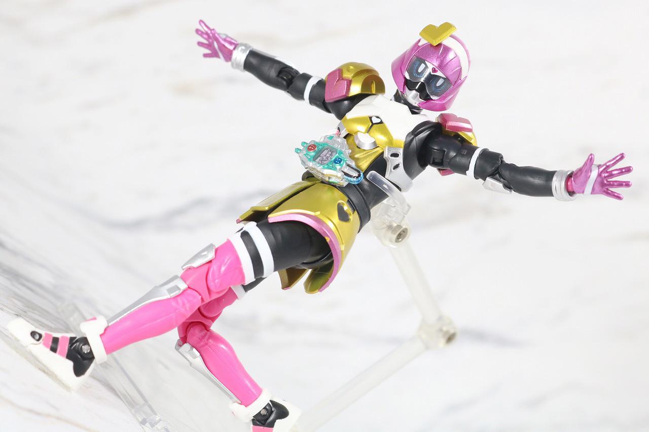 S.H.フィギュアーツ 仮面ライダーポッピー ときめきクライシスゲーマー レベルX レビュー