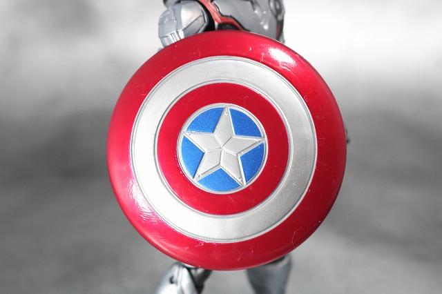 マーベルレジェンド キャプテンアメリカ チームスーツ  アベンジャーズ/エンドゲーム レビュー 付属品 シールド 盾