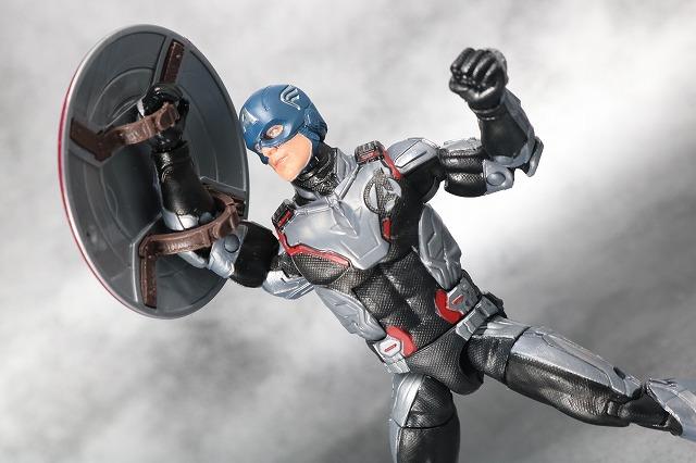 マーベルレジェンド キャプテンアメリカ チームスーツ  アベンジャーズ/エンドゲーム レビュー アクション
