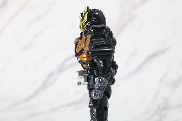 RKF RIDER KICK'S FIGURE 仮面ライダーゲイツリバイブ 剛烈 疾風 レビュー 可動範囲