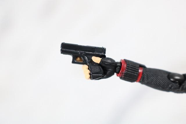 S.H.フィギュアーツ ブラックウィドウ アベンジャーズ/エンドゲーム レビュー 付属品 武器 拳銃