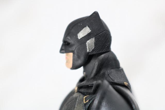 MAFEX ブルース・ウェイン ジャスティスリーグ レビュー 付属品 タクティカルスーツバットマン頭部