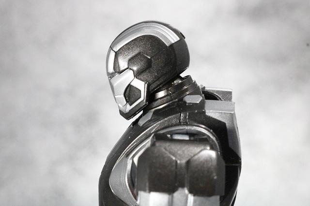 S.H.フィギュアーツ アイアンマン マーク22 ホットロッド レビュー 可動範囲