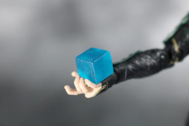 マーベルレジェンド ロキ アベンジャーズ/インフィニティウォー レビュー 付属品 四次元キューブ